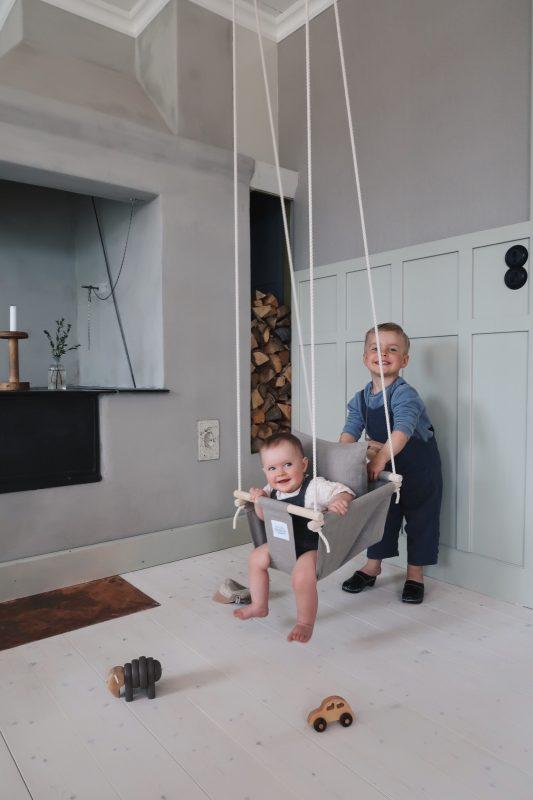 Hvordan man hænger en gynge indendørs